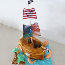 Boat - Pirate Cake being attacked by Giant Octopus (D)
