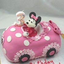 Minnie Mouse Car Cake (D)