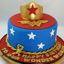 Wonder Woman Crown and Lasso Cake (D,V)