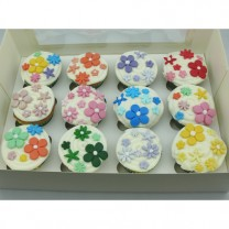 CupCakes with Assorted Fondant Flowers ($45 per dozen) (D, V)