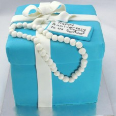 Gift Box Cake: Tiffany Gift Box with Pearls (D,V)