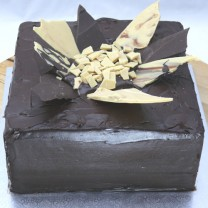 Chocolate Shard cake: Ganache