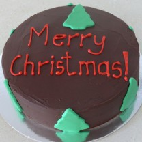 Christmas Cake: Ganache with Xmas Trees